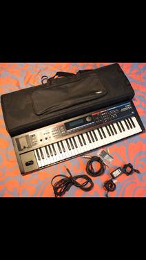 Клавишные Синтезатор Roland JUNO DI напрокат | Аренда и прокат – Санкт-Петербург