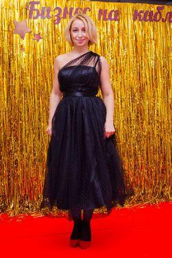 Платья Черное на одно плечо юбка фатин напрокат | Аренда и прокат – Санкт-Петербург