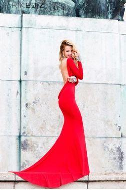 Платья Tarik Ediz Red Celebrity Evening Dr напрокат | Аренда и прокат – Краснодар