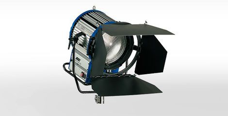 Свет HMI Arri Daylight Fresnel 4000W напрокат | Аренда и прокат – Екатеринбург