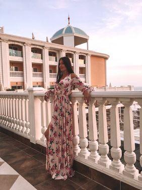 Платья Шикарное дизайнерское платье напрокат   Аренда и прокат – Санкт-Петербург
