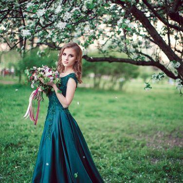 Платья Изумрудное вечернее платье  напрокат | Аренда и прокат – Санкт-Петербург