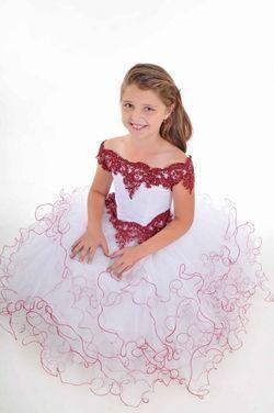 Платья и одежда для девочек Платье для девочки напрокат | Аренда и прокат – Екатеринбург