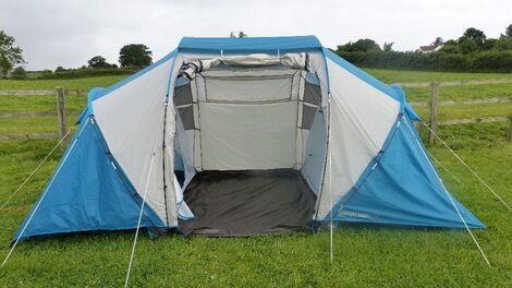 Палатки/тенты 4-местная палатка Arpenaz 4.2 напрокат | Аренда и прокат – Москва