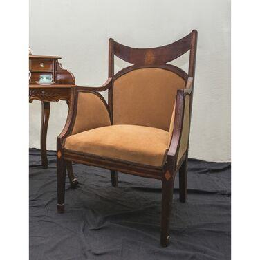 Кресла Кресло историческое с высокими подл напрокат | Аренда и прокат – Москва