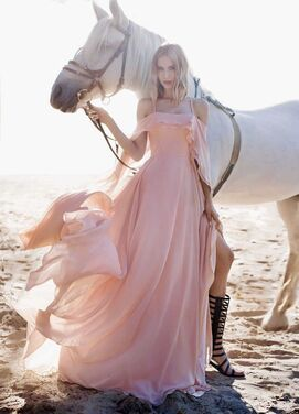 Платья Вечернее платье UNONA розовое напрокат | Аренда и прокат – Санкт-Петербург
