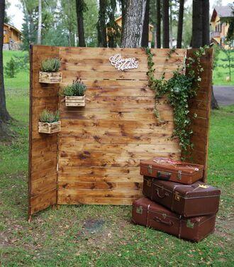 Фотозоны и задники Ретро чемоданы для декора напрокат | Аренда и прокат – Москва