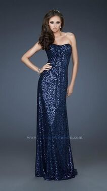 Платья Вечернее платье LA FEMME LF002 напрокат | Аренда и прокат – Москва
