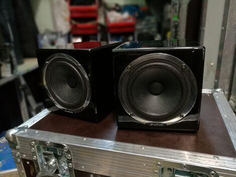 Звук Маленькие активные колонки Avantone напрокат | Аренда и прокат – Москва