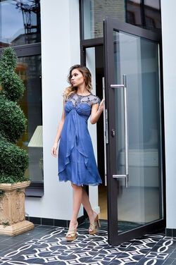 Платья Синее платье Young Couture напрокат | Аренда и прокат – Москва
