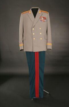 Униформа Парадная форма Генерал-лейтенанта напрокат | Аренда и прокат – Москва