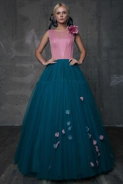 Платья Дизайнерское платье Sofoly Крайт напрокат   Аренда и прокат – Санкт-Петербург