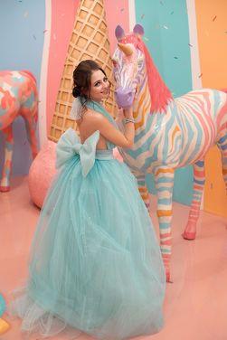 Платья Пышное бирюзовое с открытой спиной напрокат | Аренда и прокат – Санкт-Петербург