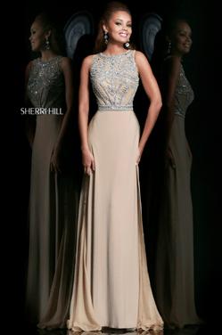 Платья Вечернее платье SHERRI HILL SH018 напрокат | Аренда и прокат – Москва