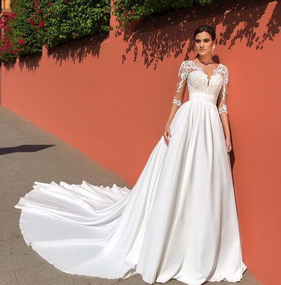 af8627bdbc5 29 просмотров в этом месяце. 29 просмотров в этом месяце. Свадебное платье.  Платья. 18000 руб.   3 дня