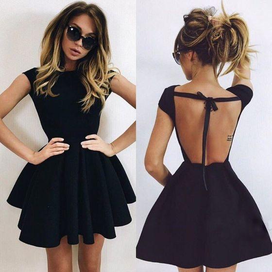 e7e301c064d77af ... Одежда · Женская одежда · Платья · Поделиться. 5 просмотров в этом  месяце. 5 просмотров в этом месяце. Черное пышное платье клеш